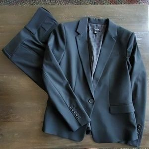 Ann Taylor Jacket and Pants 6 Petite Black Suit